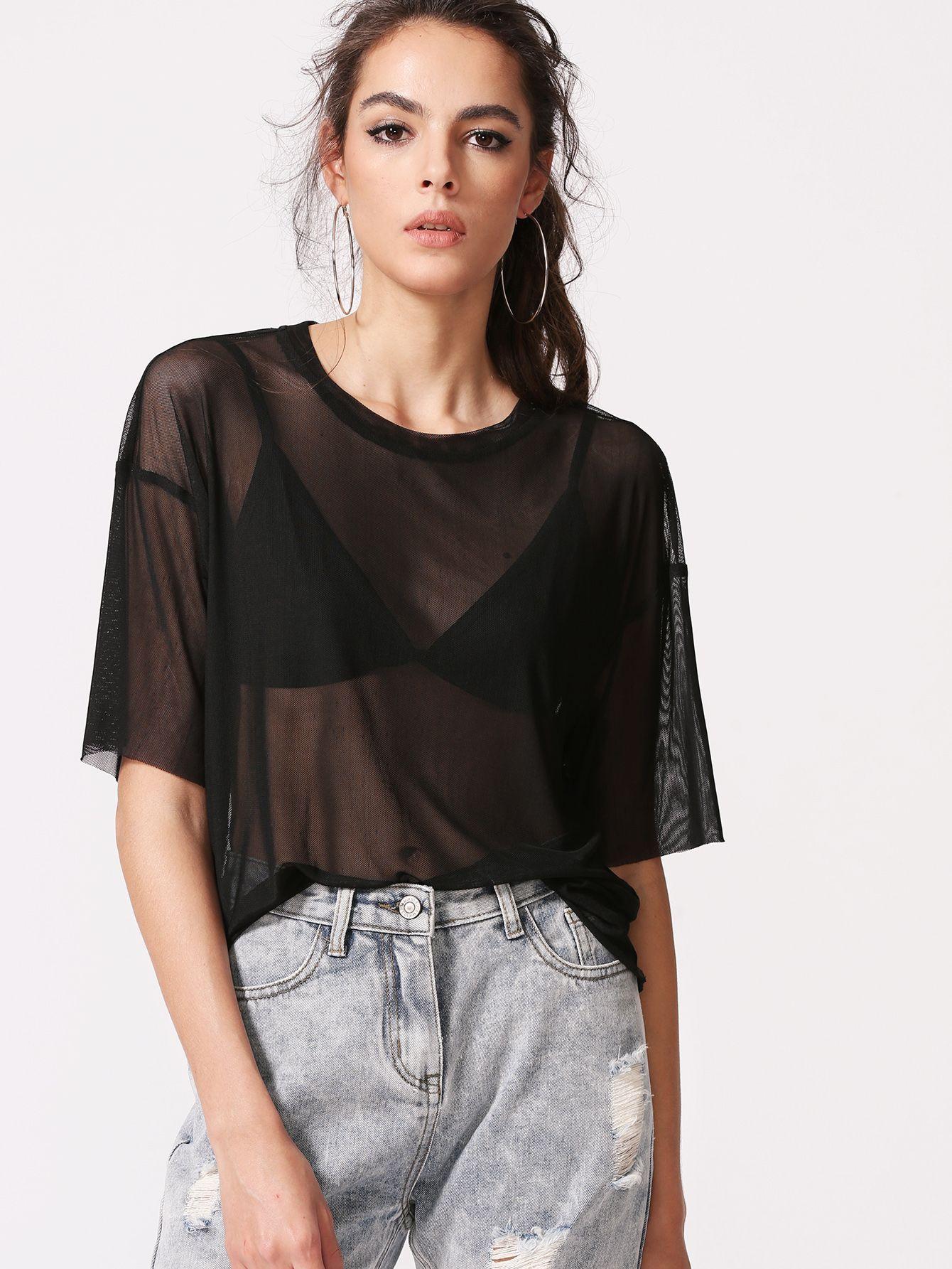 Que porter avec un haut transparent ?