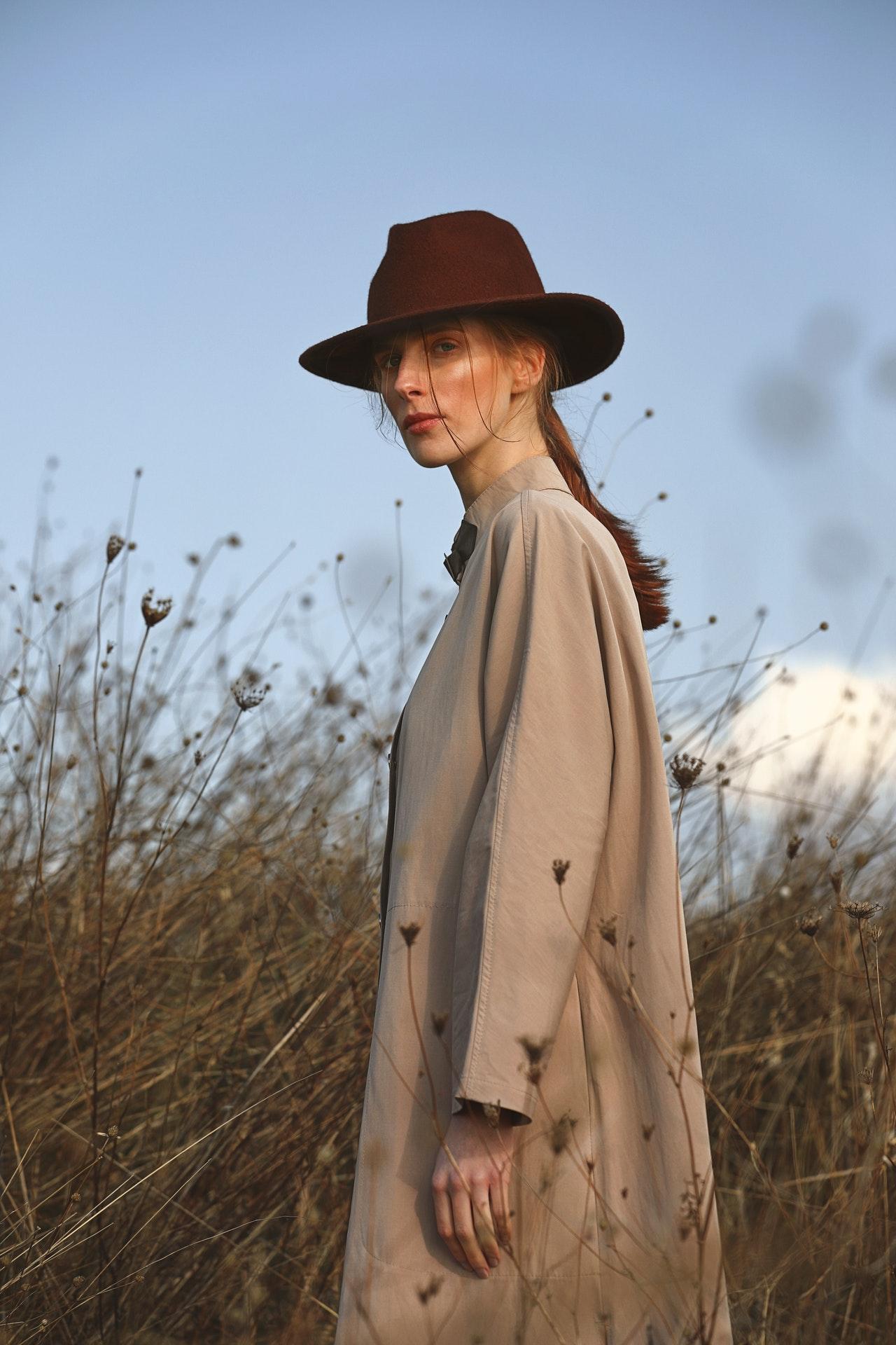 Pourquoi le manteau Burberry est une pièce intemporelle ?